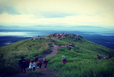 02 Days Broga Hill Sunrise Hike And Caving