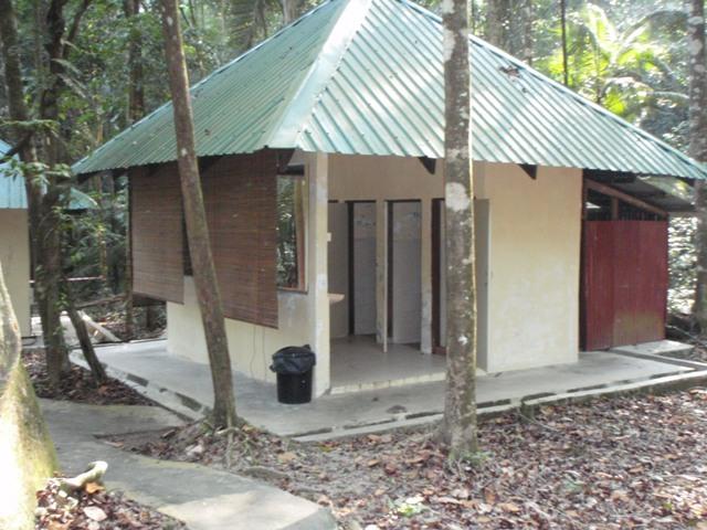 Ledang toilet at hut