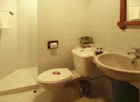 Kinabalu Park - THE HILL LODGE Bathroom