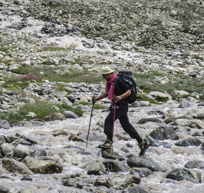Miyar Valley-15 hop, skip and jumping across the stream