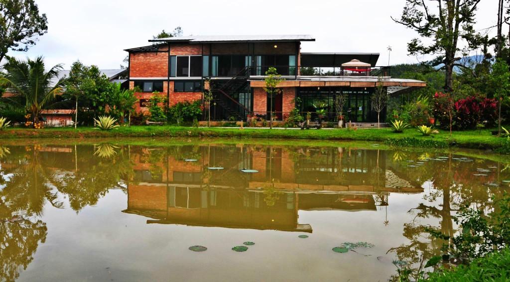 Eight Acres Brick house-3